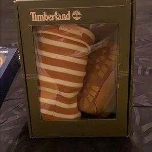 Infant timberland shoe set